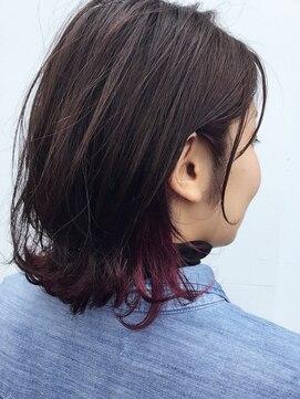 クブヘアー(kubu hair)《Kubuhair》インナーカラー外ハネボブ