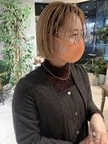 ヘアー アイス ルーチェ(HAIR ICI LUCE)担当西田 切りっぱなしボブ オレンジカラー グラデーション