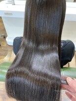 プラウド究極の艶髪☆ストレートロングで髪美人
