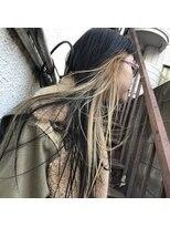 インナーカラー×黒髪ロング