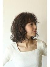 カル(caru)前髪イメチェンラベンダーカラーくびれボブ黒髪エアリーミディ