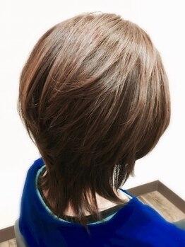 エッセンス(essence)の写真/「白髪」「パサつき」「広がり」「ボリューム」…など年齢による髪のお悩みを感じる大人女性必見!