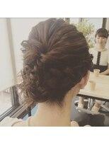 アズーラ豊田(AZURA)大人女子のボブ編み込みパーティーヘア