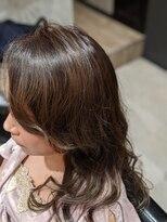 リルシープ(Lilsheep)#モノトーンカラー #ハイライト #レイヤースタイル #艶カラー
