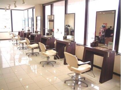 ヘアープレイス クリアライン 澄川店(hair place CLEAR LINE)の写真