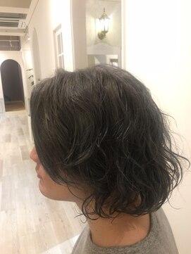 ヘアー カラー キー(HAIR color KEY)グレージュ(ブリーチ+カラー)パーマスタイル