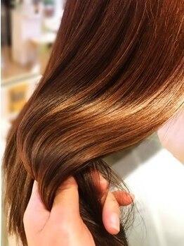 パルティール(Partir)の写真/髪質改善付【91%天然成分カラー】頭皮に負担が掛かりがちな工程も特殊商材で回避!髪のダメージを最小限に◎