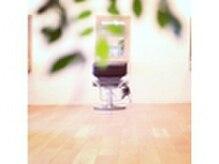 2階の美容室の雰囲気(居心地の良い開放的な空間♪)