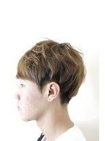 アロ (Alo hairdesign)ツーブロックセクションカラー