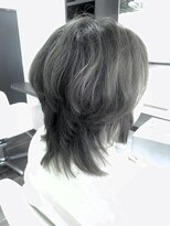 ヴィオレッタ ヘアアンドスペース(VIOLETTA hair&space)ウルフカット×ハイライト