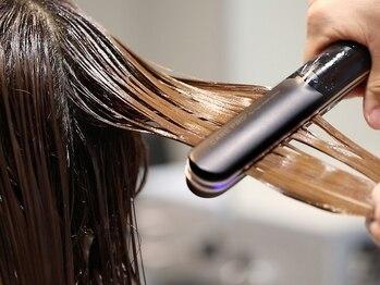 リンドヘアー アンド アイラッシュ(LINDO)の写真/【ケアプロ新導入★】トリートメントの浸透力が劇的にUP!ダメージを徹底補修し極潤な艶髪に導きます☆