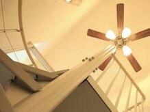 ヘアースペース サイ(Hair Space SAI)の雰囲気(二階もあり広々とした空間を提供しております。)