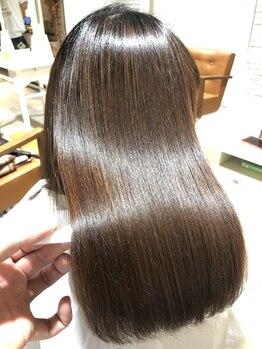 リノ バイ ユーレルム 吉祥寺(Lino by U REALM)の写真/【なんとなくのケアは卒業】髪の状態に合わせてカスタマイズ★髪質を見極めて家でもプロ級の仕上がりに◎