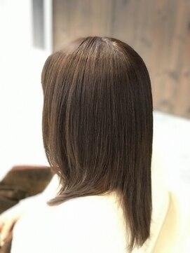 ヘアーアンドエステティック ヴェリス(hair&esthetic Velis)【Velis】システムケアで天使の輪が出るツヤ髪づくり