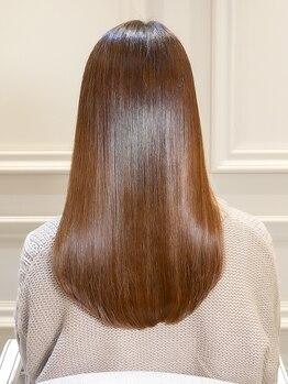 オーブ ヘアー ブランコ 久米川店(AUBE HAIR Blanco)の写真/髪の悩みを解消!!クセが気になる方は、毛先まで自然なストレートを創るAUBE HAIRの縮毛矯正で美髪に♪