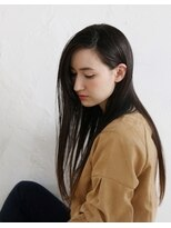 アンフィフォープルコ(AnFye for prco)【AnFye for prco】ツヤ髪 × ストレートスタイル