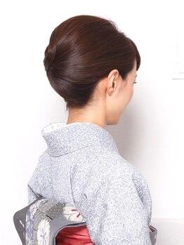 リリー ギンザ(Lily Ginza)の写真/【新橋駅1分】有名アーティスト等も手掛けるプロのStylistが集結したサロン[Lily]着崩れしない技術が◎