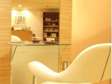 サロン デュ ラグレー(Salon Du Lagray)の雰囲気(お待ち時間には、ドリンクサービスがあります。)