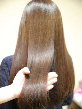 ルミナ オーガニックヘアー(LU3NA organic hair)の写真/≪タンパク質復元テラヘルツ機能水・キラ水≫髪の内側から修復!髪本来持っている水分量を増やし潤いキープ!