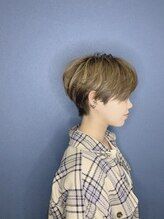 ヘアーアンドメイクランプ(Hair & make Lamp)小顔デザインショート