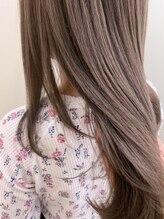 《お客様リアルオーダー》ハイライト・インナーカラー・白髪ぼかしなど透明感あるヘアカラーの仕上がりを。