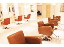 エルヘアーサロン(EL hair salon)の雰囲気(長時間座っても疲れない、とっても可愛い椅子♪♪【千葉駅】)
