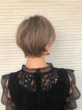 ヘアーモードケーティー 塚本店(Hair Mode KT)襟足スッキリショート×ホワイトアッシュ