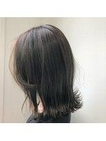 ゴッサムヘアー(Gotham Hair)外ハネ×Dark leaf beige