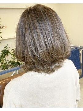 ヘアアンドメイクフリッシュ(HAIR&MAKE FRISCH)ハイライトくびれボブ