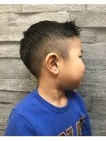 ヘアーリゾートラシックアールプラス(hair resort lachiq R+)《R+》barber風☆キッズカット☆ぼすべいびー