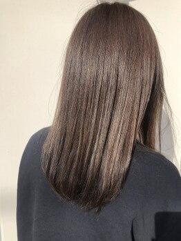 ヘアデザインハレ(hair design HARE)の写真/ダメージを抑え、よりサラ艶感がUPする施術方法を採用!ノンストレスのナチュラルな仕上がりに◎