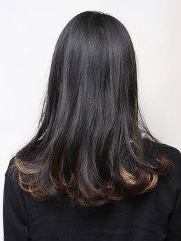 イング 美容室 ・・・ingの写真/繰り返すカラーだからこそ、こだわった薬剤を使用◎髪に潤いとツヤを与えながら上品な髪色を叶えます♪