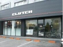 クラッチフォーメン 本店(CLUTCH for MEN)の雰囲気(シンプルな外観。駐車場4台完備しています!)