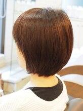 ブギー ヘアデザイン(Boogie Hair Design)【ファッションシェードで白髪染め】ナチュラルボブ