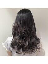 アリーズヘアー 青山(allys hair)大人かわいい ◆ ラベンダー グレージュ クラシカル ロング