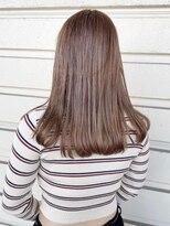 ルッツ(Lutz. hair design)ミルクティベージュ