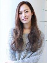 ナトゥーラ 栄久屋大通店(NATURA)外国人風ハイライト+透け感フォギーベージュ