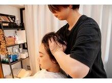 なりたい髪の状態に合わせ、専任スパニストによる極上ヘッドスパなどのメニュー追加も可能。