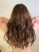 カラーワールド カンナヘアーメゾン(color world canna hair maison)
