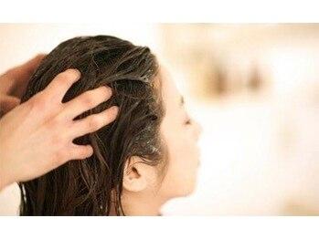アオタニ ヘア 東向日店(aotani hair)の写真/頭皮ケアスパニストが施す本格ヘッドスパ!髪や頭皮のコンディションを整え、育毛促進&リフトUP♪