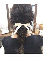 ハロ (Halo hair design)編み込みダウンアレンジ