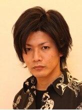 メンズアンドレディースアキリオ(Men's&Lady's AKIRIO)毛流れと束感を強調したクールスタイル