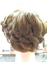 クロムヘアー(CHROME HAIR)編み込みスタイル
