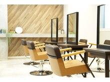 トランクス 札幌店(TORANK'S)の雰囲気(TORANK'S札幌店♪ソファーの様なセット椅子でゆったりキレイに!)