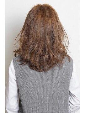 セシルヘアー 広島駅前店(Cecil hair)透明感のある大人女子ハイライトカラー