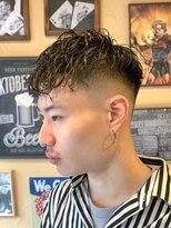 オムヘアーフォー(HOMME HAIR 4)パーマ×ジェル×フェード【HOMME HAIR4 KENSHIRO】
