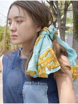 サイ(sai)【sai】スカーフアレンジサイドポニー