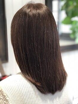 プールブー(Pour Vous)の写真/唯一無二のあなたの髪に合わせてカスタマイズする『ファイバークリニクス』を導入★最高のヘアケアをお届け