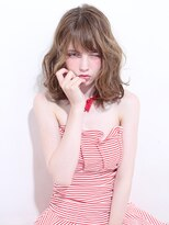 ラペ ラックスビー(LA PAIX LUXBE)外国人風☆モテカワ小顔ミディ【LUXBE】