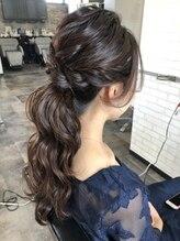 ヘアーデザイン ヴィヴィ(Hair Design ViVi)#ポニーアップ 2